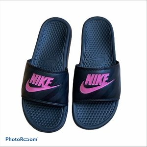 Nike pool slides black with pink swoosh